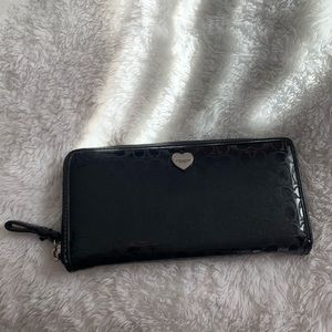 black Coach accordion zip wallet